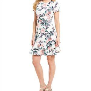 IVANKA TRUMP Flora Print Ruffle Dress Sz 10